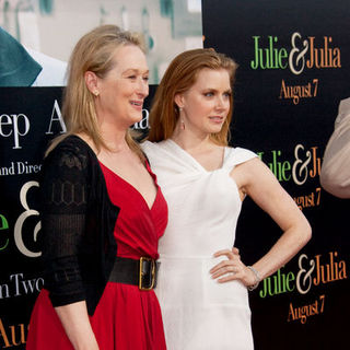 "Amy Adams, Meryl Streep in ""Julie & Julia"" - Los Angeles Premiere - Arrivals"
