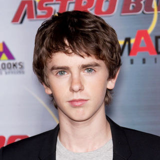 "Freddie Highmore in ""Astro Boy"" Los Angeles Premiere - Arrivals"