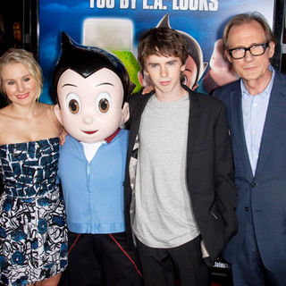 "Kristen Bell, Freddie Highmore, Bill Nighy in ""Astro Boy"" Los Angeles Premiere - Arrivals"