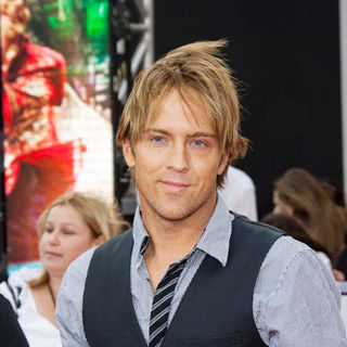 "Larry Birkhead in ""This Is It"" Los Angeles Premiere - Arrivals"