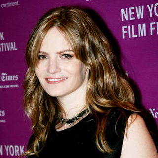 Jennifer Jason Leigh in 45th New York Film Festival - 'Margot At The Wedding' Movie Screening - Arrivals