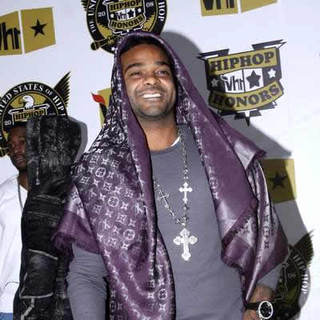Jim Jones in 5th Annual VH1 Hip Hop Honors - Arrivals