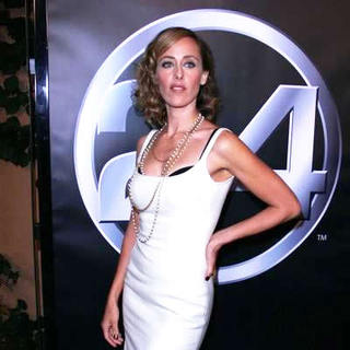 Kim Raver in 24 100th episode & 5th season premiere party