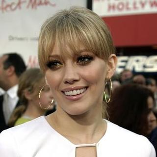 Hilary Duff in The Perfect Man Premiere - Arrivals
