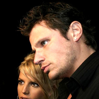 Jessica Simpson, Nick Lachey in Tsunami Benefit Concert - Red Carpet