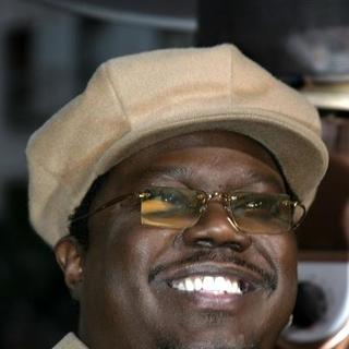 Bernie Mac in Guess Who Los Angeles Premiere - Arrivals