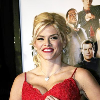 Anna Nicole Smith in Be Cool Movie Premiere