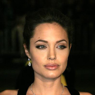 Angelina Jolie - Alexander World Premiere in Los Angeles
