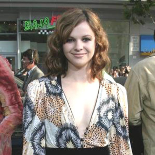 Amber Tamblyn in Sisterhood of the Traveling Pants - Red Carpet