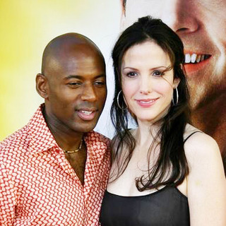 Romany Malco, Mary-Louise Parker in The 40 Year Old Virgin World Premiere - Arrivals