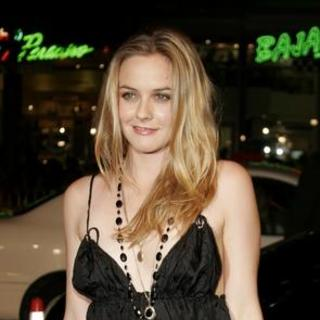 Alicia Silverstone in North Country Los Angeles Premiere - Arrivals