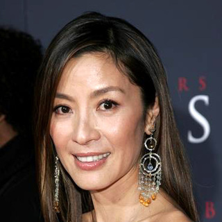 Michelle Yeoh in Premiere of Memoirs of a Geisha