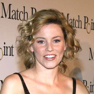 Elizabeth Banks in Match Point Premiere - Arrivals