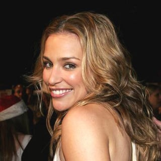 Piper Perabo in Cheaper By The Dozen 2 World Premiere