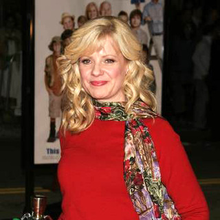 Bonnie Hunt in Cheaper By The Dozen 2 World Premiere - DGG-008146