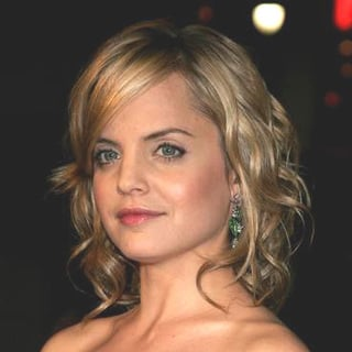 Mena Suvari in World Premiere of Rumor Has It
