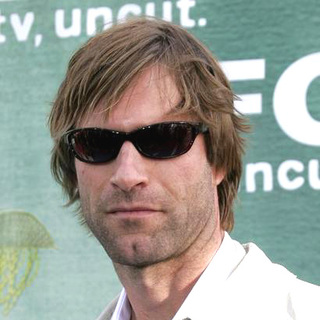 Aaron Eckhart in IFC's After Party - DGG-009161