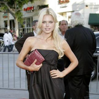 Sophie Monk in Click Los Angeles Premiere