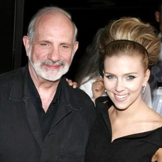 Scarlett Johansson, Brian De Palma in The Black Dahlia Los Angeles Premiere