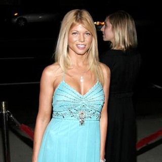 Donna D'Errico in The Queen Los Angeles Premiere