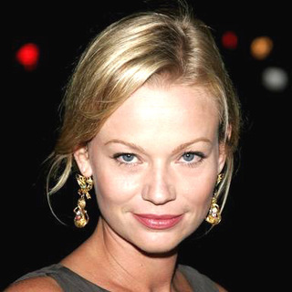 Samantha Mathis in The Queen Los Angeles Premiere