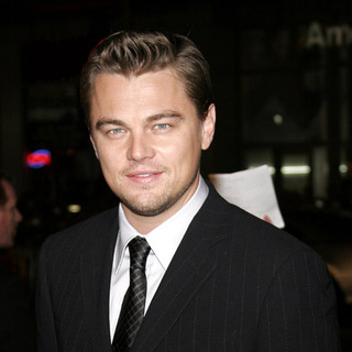 Leonardo DiCaprio in Blood Diamond Hollywood Premiere