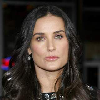 Demi Moore - Mr. Brooks Los Angeles Premiere