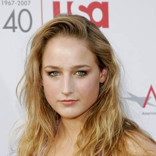 Leelee Sobieski in 35th Annual AFI Life Achievement Award Honoring Al Pacino