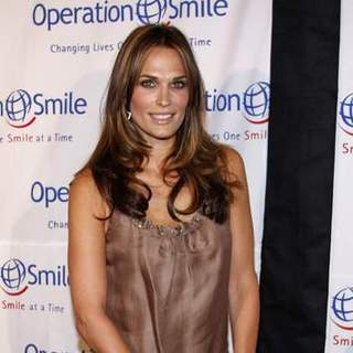 Molly Sims in Operation Smile 25th Anniversary Gala