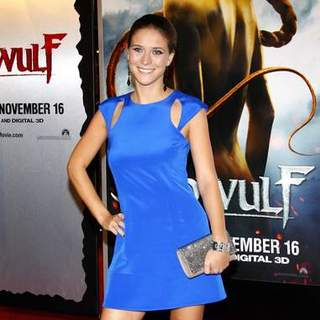 "Charlotte Salt in ""Beowulf"" Los Angeles Premiere - Arrivals"