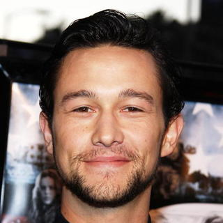 "Joseph Gordon-Levitt in ""Stop-Loss"" Los Angeles Premiere - Arrivals"