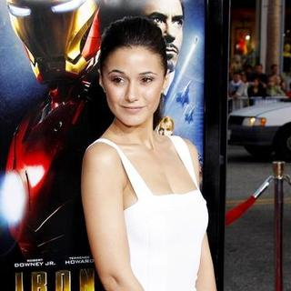"Emmanuelle Chriqui in ""Iron Man"" Los Angeles Premiere - Arrivals"