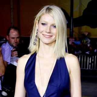 "Gwyneth Paltrow in ""Iron Man"" Los Angeles Premiere - Arrivals"