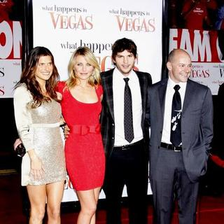 "Cameron Diaz, Lake Bell, Ashton Kutcher, Rob Corddry in ""What Happens in Vegas"" World Premiere - Arrivals"