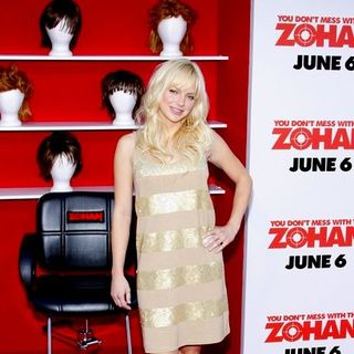 "Anna Faris in ""You Don't Mess With The Zohan"" World Premiere - Arrivals"