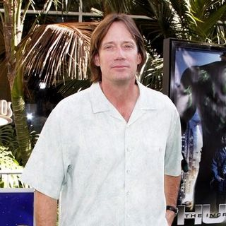 "Kevin Sorbo in ""The Incredible Hulk"" Los Angeles Premiere - Arrivals - DGG-019280"