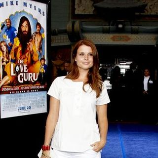 "Joanna Garcia in ""The Love Guru"" Los Angeles Premiere - Arrivals"