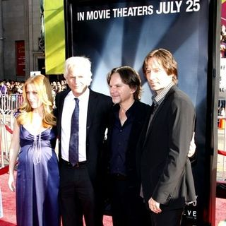 "David Duchovny, Gillian Anderson, Frank Spotnitz, Chris Carter in ""The X-Files - I want To Believe"" Hollywood Premiere - Arrivals"