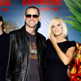 "Jim Carrey, Jenny McCarthy in ""Pineapple Express"" Los Angeles Premiere - Arrivals"