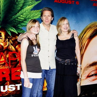 "Gary Cole, Mary Cole, Teddi Siddall in ""Pineapple Express"" Los Angeles Premiere - Arrivals"