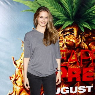 "Alicia Silverstone in ""Pineapple Express"" Los Angeles Premiere - Arrivals"