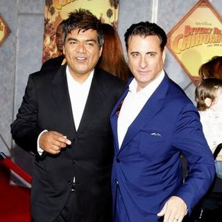 "George Lopez, Andy Garcia in ""Beverly Hills Chihuahua"" World Premiere - Arrivals"