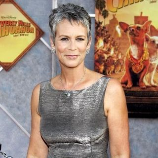 "Jamie Lee Curtis in ""Beverly Hills Chihuahua"" World Premiere - Arrivals"