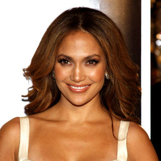 "Jennifer Lopez in ""The Curious Case Of Benjamin Button"" Los Angeles Premiere - Arrivals"