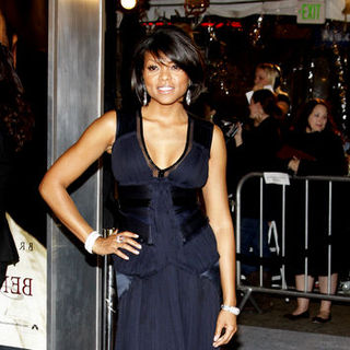 "Taraji P. Henson in ""The Curious Case Of Benjamin Button"" Los Angeles Premiere - Arrivals"