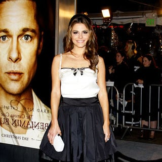 "Maria Menounos in ""The Curious Case Of Benjamin Button"" Los Angeles Premiere - Arrivals"