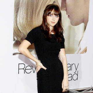 "Zoe Kazan in ""Revolutionary Road"" World Premiere - Arrivals"