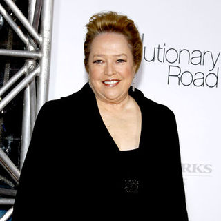 "Kathy Bates in ""Revolutionary Road"" World Premiere - Arrivals"