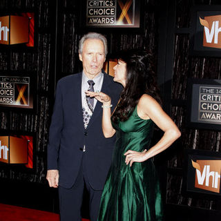 Clint Eastwood, Dina Eastwood in 14th Annual Critics Choice Awards - Arrivals