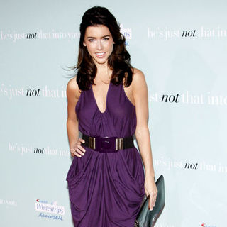 "Jacqueline MacInnes Wood in ""He's Just Not That Into You"" World Premiere - Arrivals"